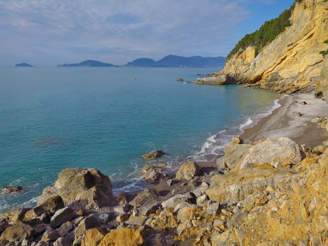 Spieggioni- tellaro- Spiaggia del Groppolo- Golfo dei Poeti