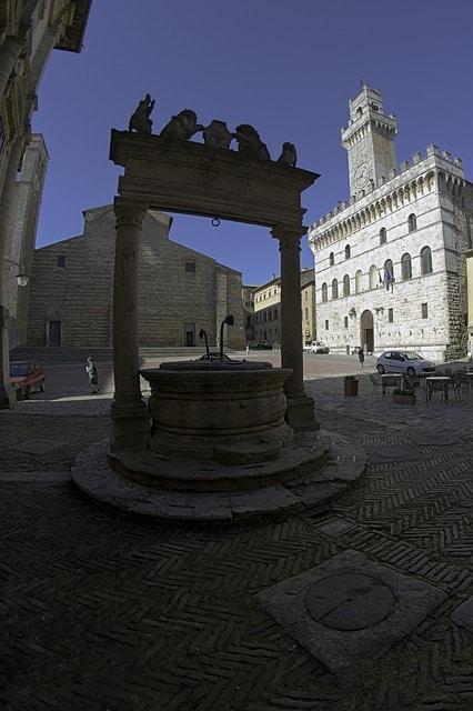 Cosa fare a Montepulciano-Centro Storico- Pozzo dei Leoni e dei Grifi-Palazzo Comunale- Cattedrale--
