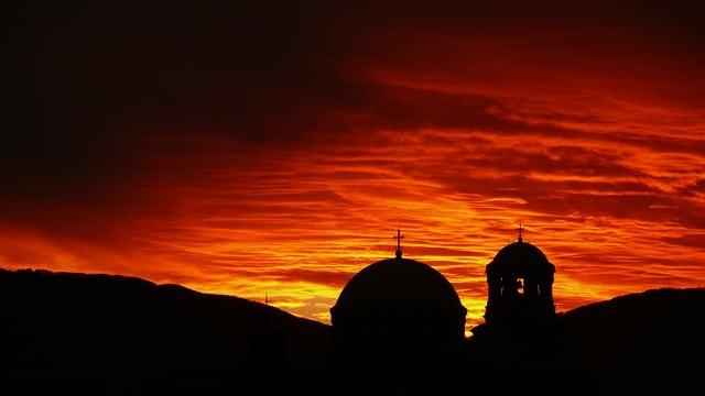 Quali sono i paesi che non hanno l'euro-tramonto-chiesa-Sofia-Bulgaria-jpg