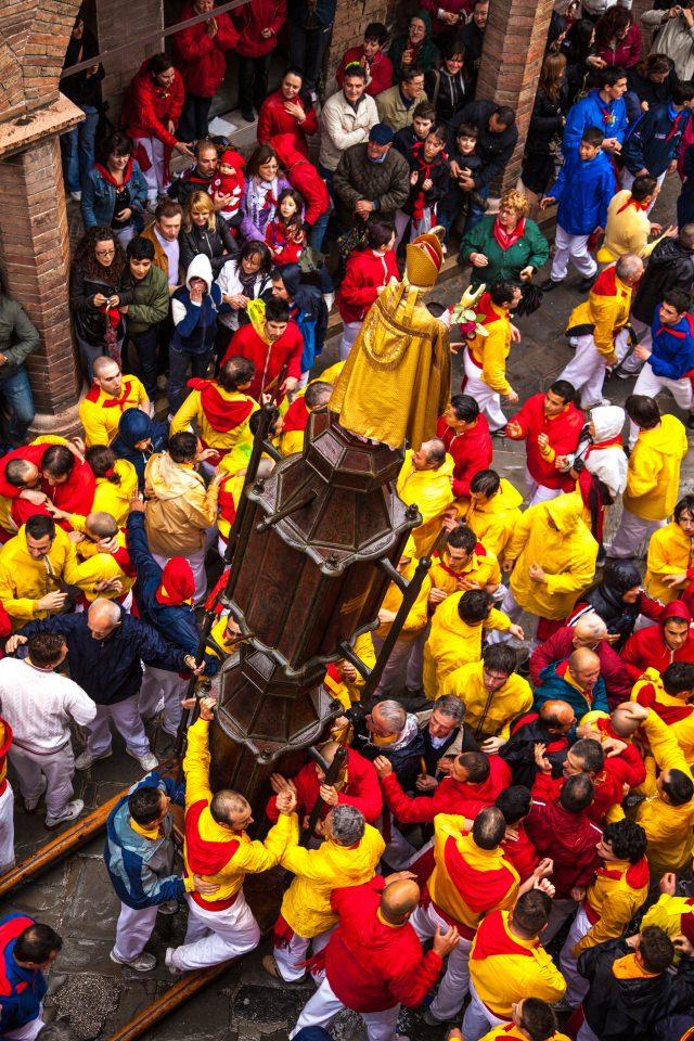Corsa dei Ceri-Gubbio-Processione-15maggio-fedeli