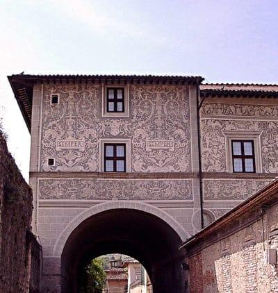 Fantasma della Sora Laura-Finestra-Palazzo Vitelli alla Cannoniera- Graffiti-Galleria- Semper