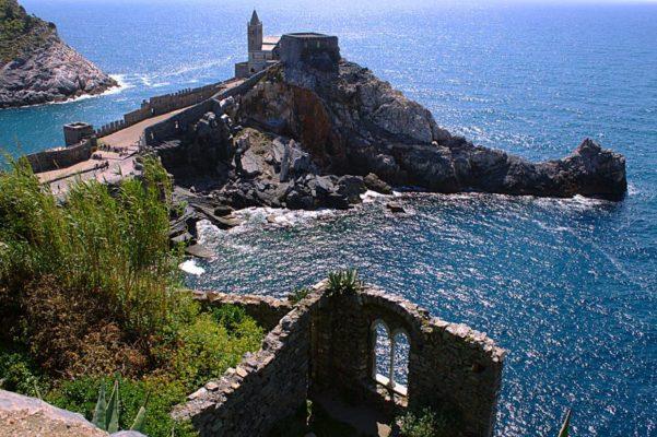 Portovenere, la Perla del Golfo dei Poeti- Chiesa di San Pietro-Promontorio-Golfo-Mare-Grotta arpaia-
