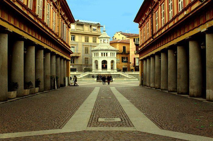 Acqui Terme, la città della Bollente- Bollente- Piazza della Bollente-Via Saracco-Prospettiva