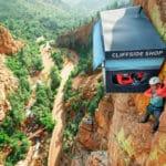 negozio sospeso nel vuoto-the cliffside shop-montagna