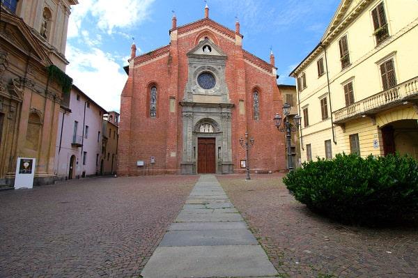 Casale la capitale del Monferrato- Chiesa di San Domenico- Piazza- Casale Monferrato