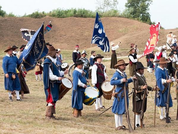 - Rievocazione storica A.D. 1615 Palma alle armi- Costume d'epoca- bandiere- Palmanova-