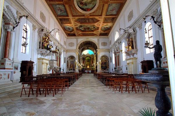 Una passeggiata tra i vicoli del borgo di Pirano- Duomo di Pirano- Piran- Duomo di San Giorgio- Interno