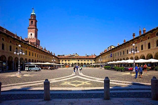 Cosa vedere a Vigevano, città ideale degli Sforza