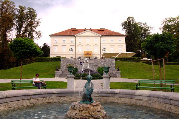 Ljubljiana- Castello di Tivoli- Tivoli Park-Tivolski Grad- Fontana