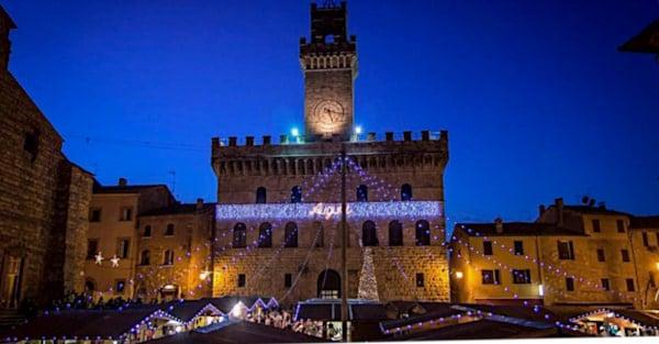 6 borghi italiani da vedere a Natale- Montepulciano- Mercatino di Natale- Castello di Babbo Natale- Luci natalizie- addobbi