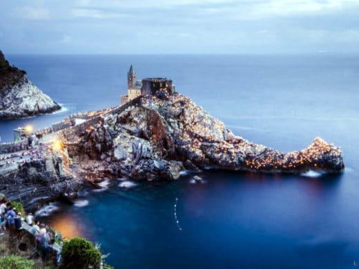4 borghi ideali per un weekend romantico- Portovenere- Panorama- Promontorio- Chiesa di San pietro- Golfo dei Poeti- Crepuscolo