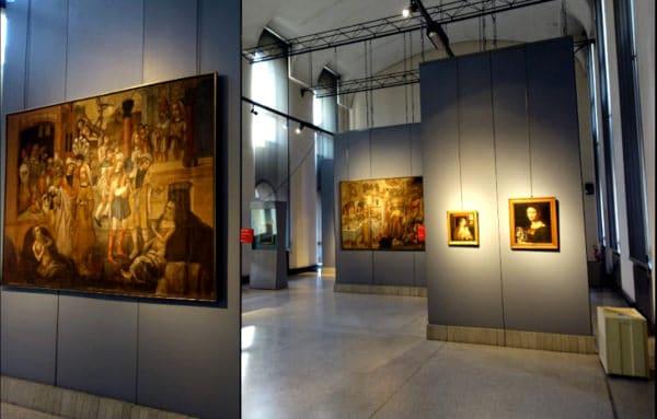 Cosa vedere a Cremona in un giorno- Museo Civico Ala Ponzone- Sala espositiva- quadri