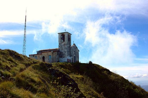 Monte Tobbio- Parco delle Capanne di Marcarolo- Voltaggio-Chiesetta