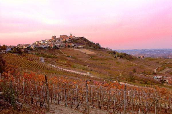 5 borghi per un weekend nella natura-La Morra- Tramonto- vigne