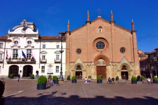 cosa vedere ad Asti- Piazza San Secondo-Colleggiata di San Secondo-Comune di Asti