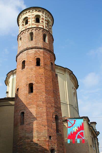 Torre rossa- Corso Alfieri- torre romana- mattoni- arenaria