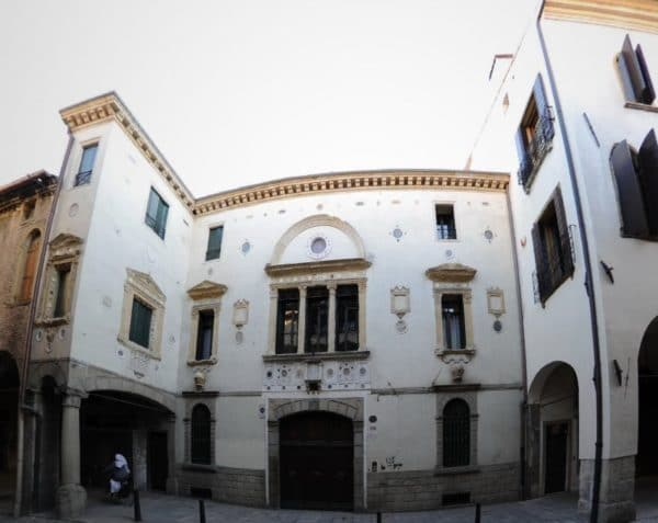 i Miti e leggende di Padova- Casa degli Specchi- Spiriti- presenze