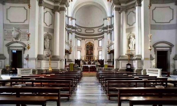 Cosa vedere a Castelfranco Veneto in poche ore- Duomo- Interno- banchi