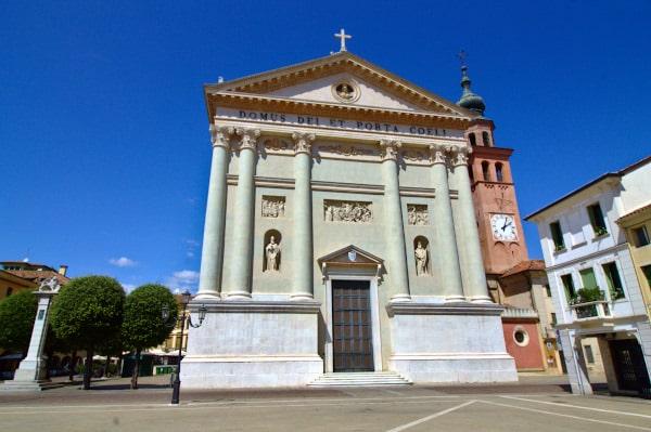 Cosa vedere a Cittadella in poche ore- Duomo- Facciata- neoclassico