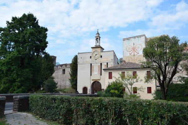 Porta Padova- Torre di Malta- affreschi- Stemma dei Carraresi- stemma di Padova