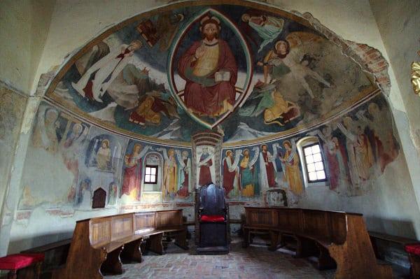 Cosa vedere a Volpedo paese di Pellizza- affresco- gotico- Pieve Romanica