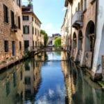 Cosa vedere a Treviso in un giorno- Canale dei Buranelli- Ponte dei Buranelli- Cagnan Medio- Riflessi- Palazzi