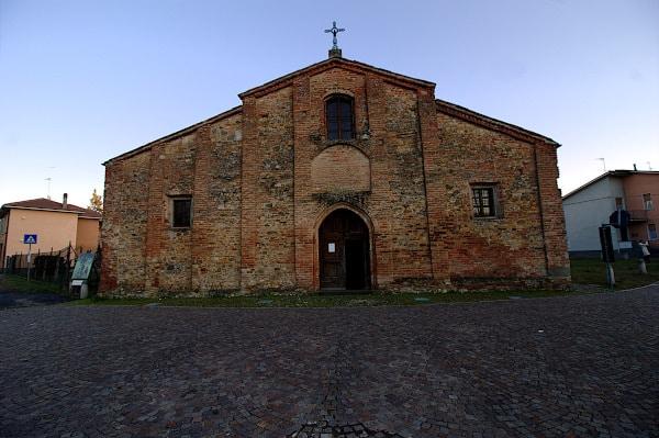 Cosa vedere a Volpedo paese di Pellizza- Pieve Romanica- facciata