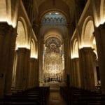 Sè-Velha-Interno-Coimbra-Archi-Luci