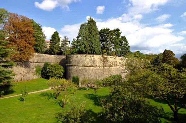 Cosa vedere a Bergamo- Mura Veneziane-Patrimonio Unesco-Verde-Alberi