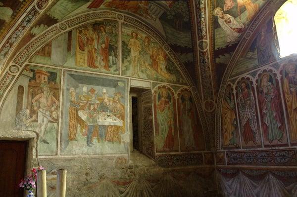 Cosa vedere a Roccaverano- Chiesa di San Giovanni Battista-Affreschi-Ciclo affrechi gotici più estesa della Provincia di Asti