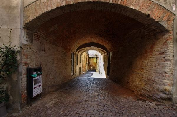 Vicolo-fracia-via xx settembre-Chiesa di Sant'Antonio Abate-Casa Montanari- via capello