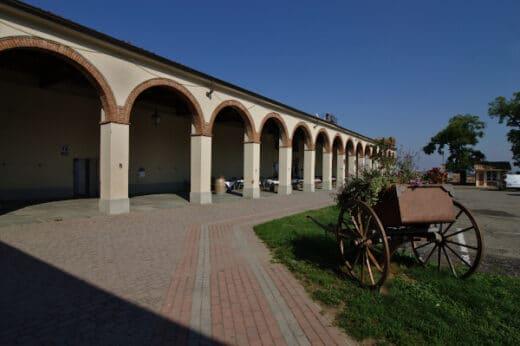 Cosa vedere a Moncalvo-Piazza Carlo Alberto-Portici-Castello-Carretto